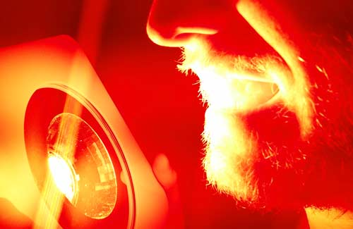 red/infrared light therapy for sensitive teeth